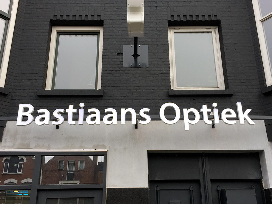 Bastiaans Optiek LED letters